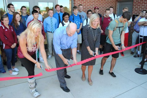 Feature Photo: Student-Athletes, Faculty Cut Ribbon at New Austin E. Knowlton Complex