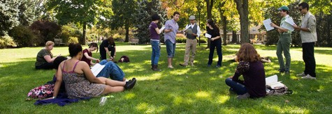 Students Organize Informal Shakespeare Performance