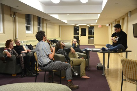 Students Give Informal Underground Concerts
