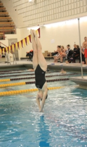 Oberlin competes in a diving competition against Ohio Northern.