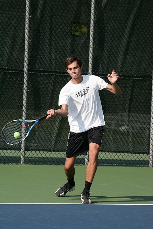 Sophomore+Callan+Louis+shows+off+his+forehand+during+the+fall+2013+season.+The+Yeomen+open+their+season+on+Feb.+8+at+Wabash+College.