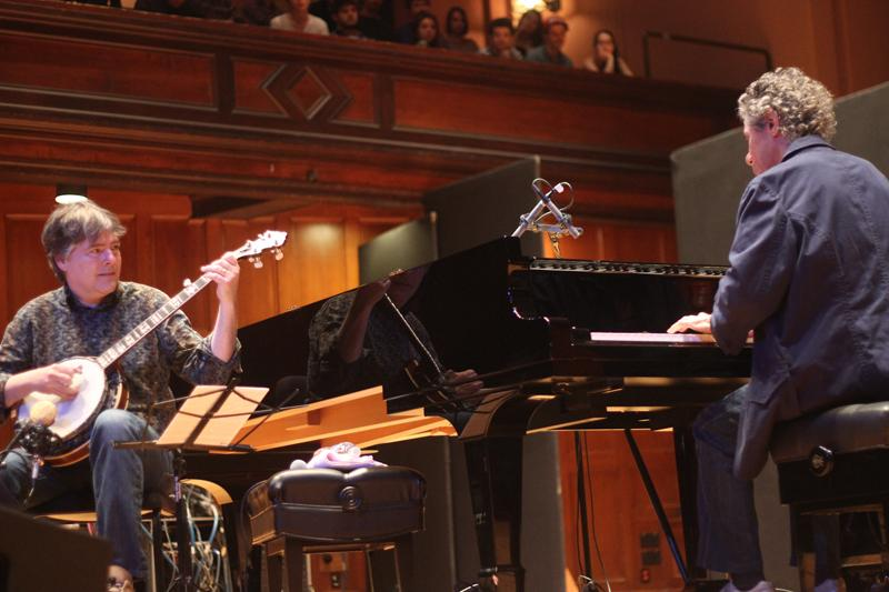 Béla Fleck (left) and Chick Corea blended their unique instruments in a mesmerizing performance last Wednesday in Finney Chapel. It is the first time the duo has gone on tour since their Grammy-winning album release in 2007.