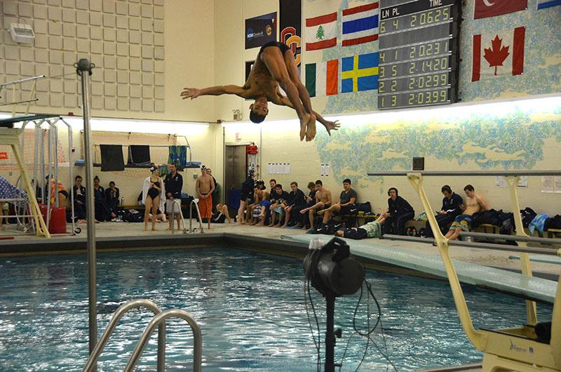 Junior+Ben+Miyamoto+dives+in+last+weekend%E2%80%99s+meet+against+the+Case+Western+Reserve+University%0ASpartans.+The+Yeomen+fell+while+the+Yeowomen+prevailed+in+the+meet.