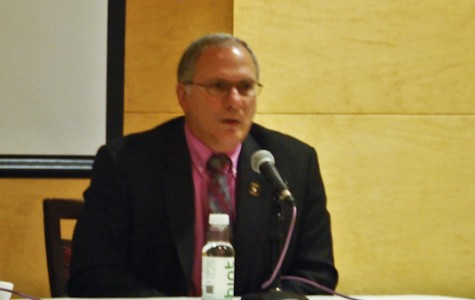 Military historian and Iraq War colonel Peter Mansoor who participated in Tues- day's panel discussion regarding ISIS