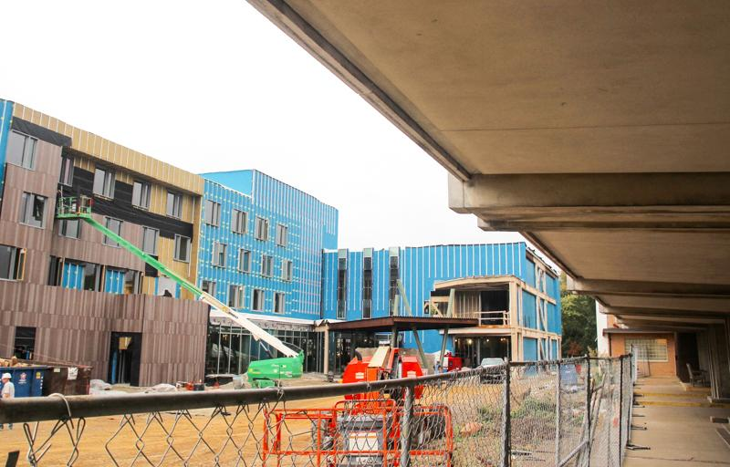 Construction+continues+at+the+site+of+the+new+Peter+B.+Lewis+Gateway+Center+downtown.+The+site+has+been+a+recent%0Asource+of+contention+with+the+potential+loss+of+on-street+parking+spaces.