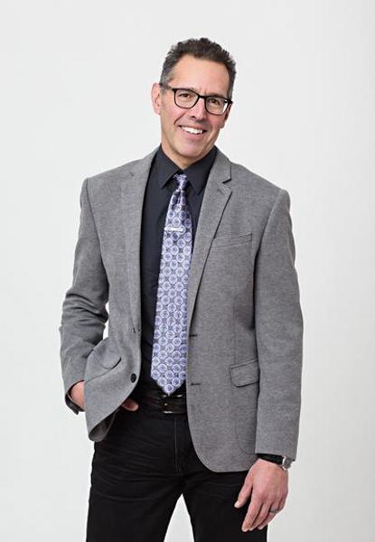 News Bulletin: Brian Alegant Named Professor of the Year