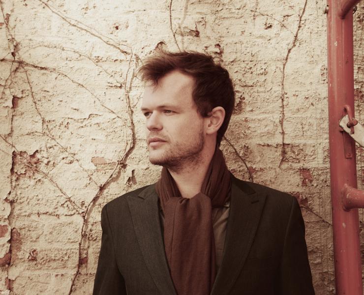 Singer-songwriter Kyle James Hauser, who performed in Fairchild Chapel Thursday, Nov. 12.