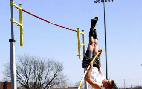 Junior Ben Venerdi propels himself over the bar during Oberlin's spring 2015 season. The Yeomen and Yeowomen started their season strongly at Mount Union College, with sophomores Lilah Drafts-Johnson and Monique Newton earning NCAC Player of the Week honors for their performances.