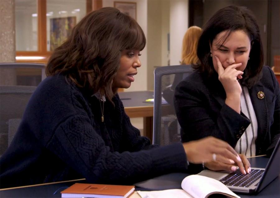 Aisha+Tyler+looks+through+the+Oberlin+Archives+with+Visiting+Sociology+Professor+Christi+Smith.+TLC+%E2%80%98s+Who+Do+You+Think+You+Are%3F+recently+filmed+an%0Aepisode+on+campus+featuring+Tyler.
