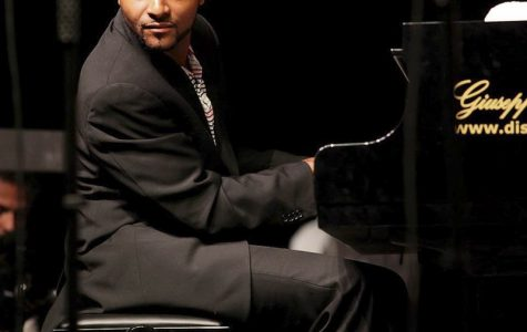 Sullivan Fortner Jr., pianist, returned to Oberlin in the midst of a successful career to teach a master class Tuesday.