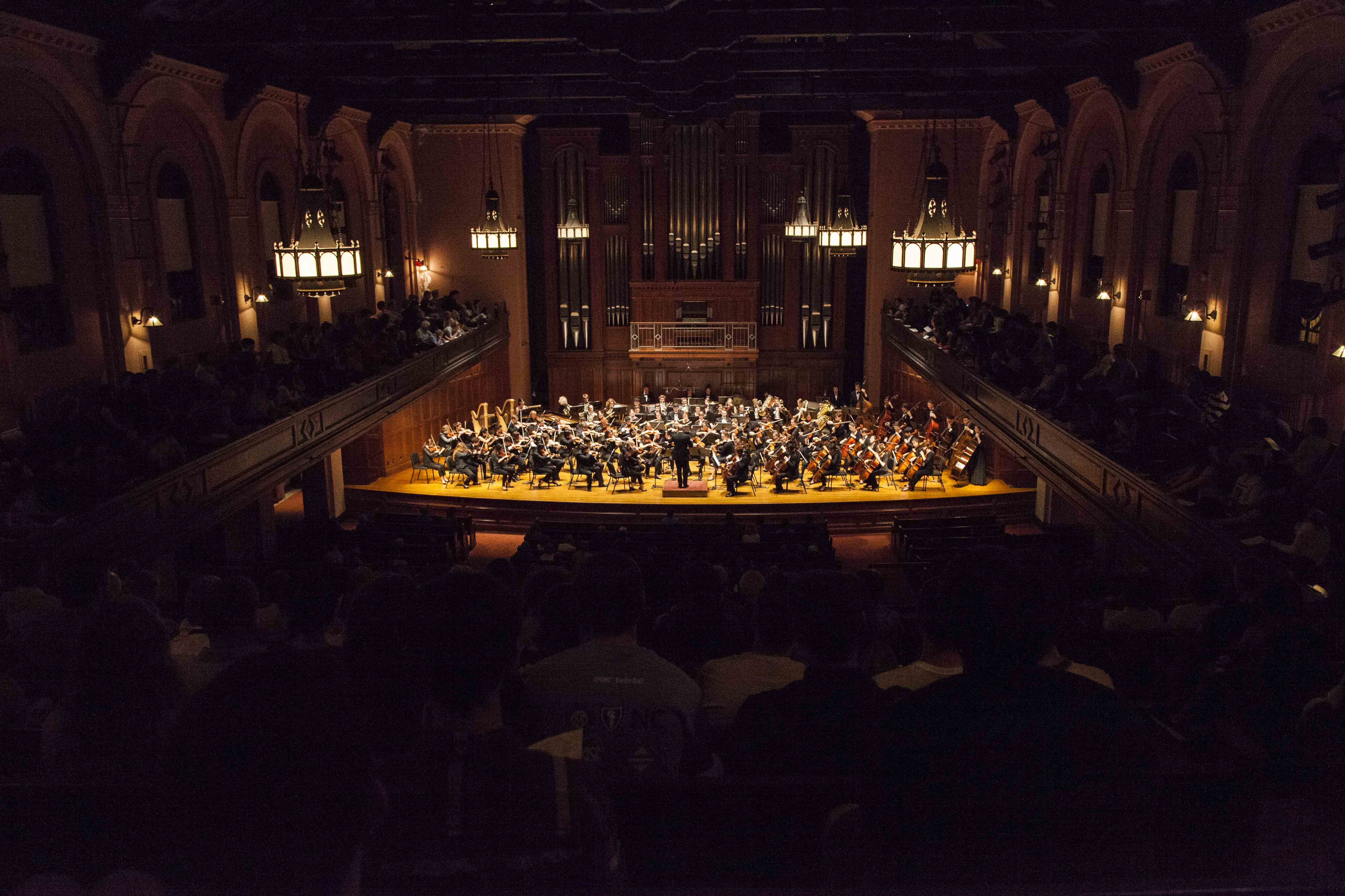 With conductor Raphael Jimenez at the helm, the Oberlin Orchestra performed the somber The Isle of the Dead, Op. 29 by Sergei Rachmaninoff and the complex Symphony No. 5 in D Minor, Op. 47 by Dmitri Shostakovich, bookending a tumultuous stretch of Russian history.