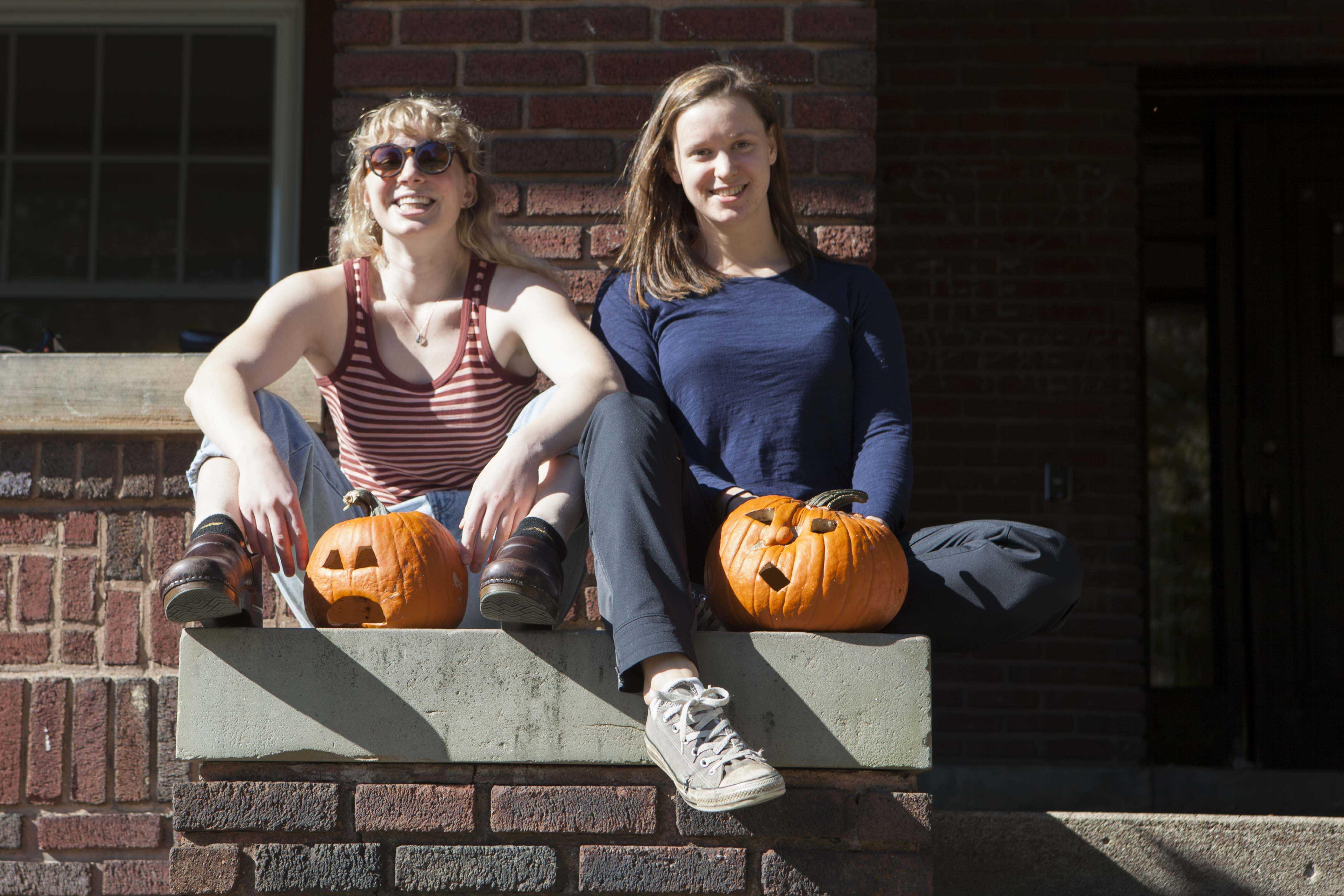 Seniors Nora Cooper (left) and Kathleen Falk.