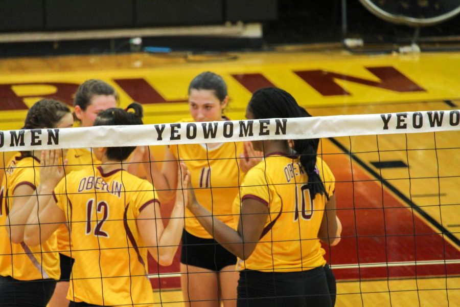 The+Yeowomen+volleyball+team+regroups+during+their+match+against+Case+Western+University+on+Wednesday%2C+Sept.+27.+The+Yeowomen+enter+the+NCAC+Tournament+today+against+the+fifth-seeded+Ladies+of+Kenyon+College.