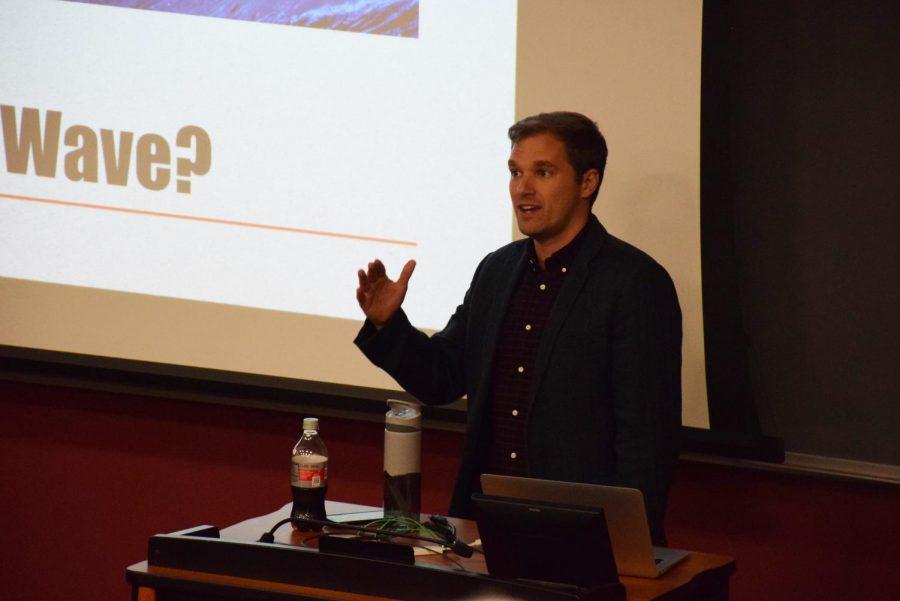 Josh Voorhees, journalist.