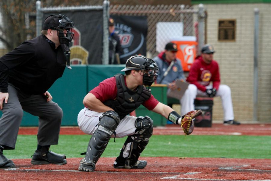 In+his+last+official+at-bat+for+the+Yeomen%2C+College+senior+and+baseball+captain+Brendan+Mapes+hit+an+RBI+single+into+right+field+to+break+the+school%E2%80%99s+single-season+hits+record.+Mapes+departs+Oberlin+as+one+of+the+best+players+and+most+respected+leaders+in+program+history.