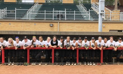 Varsity Softball Recognized for Academic Excellence