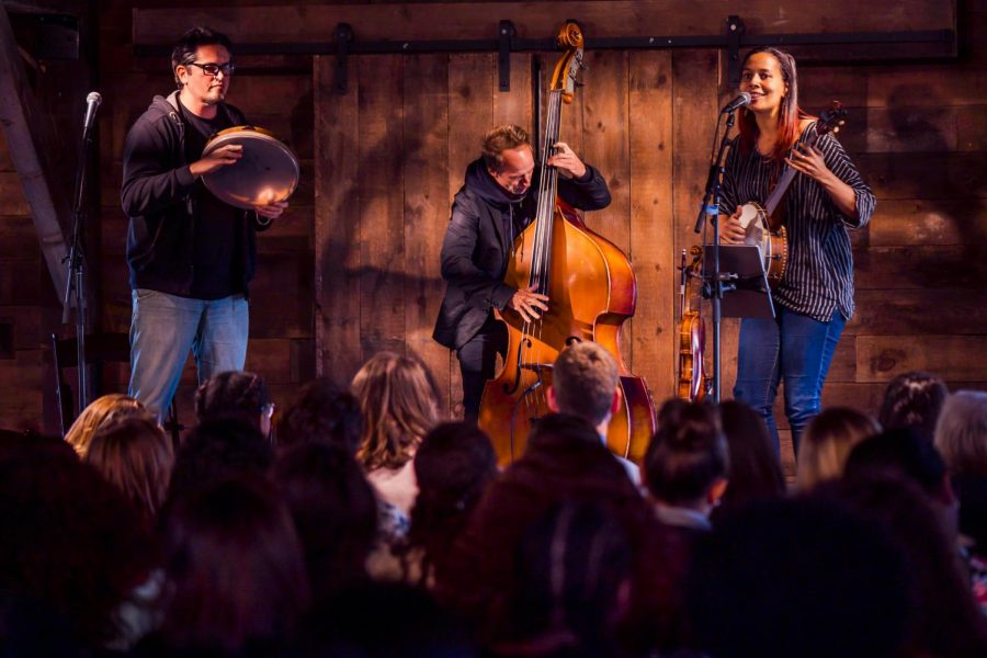 Acclaimed+musician+Rhiannon+Giddens%2C+OC+%E2%80%9900+stopped+by+the+Oberlin+Center+for+the+Arts%E2%80%99+Community+Center+to+play+a+private+show+for+local+high+school+students+last+Wednesday.+Giddens+has+an+astounding+resum%C3%A9+%E2%80%94+as+an+activist%2C+a+historian%2C+a+Grammy-award+winning+artist%2C+and+an+Oberlin+alumna.%C2%A0%0A%0AThe+event+was+hosted+by+the+Oberlin+Center+for+the+Arts.+Female+and+non-binary+high+school+students+from+the+area+were+invited+to+attend+the+concert+and+engage+with+Giddens%E2%80%99+three-piece+band.%C2%A0%0A%0ADirector+of+the+Oberlin+Center+for+the+Arts+Darren+Hamm+commented+on+the+success+of+the+performance.%C2%A0%0A%0A%E2%80%9CWe+see+Rhiannon+Giddens+as+a+messenger+for+traditions+in+music%2C+and+an+ambassador+of+history+and+culture%2C%E2%80%9D+Hamm+wrote+in+an+email+to+the+Review.+%E2%80%9CWe%E2%80%99re+proud+to+provide+an+opportunity+to+highlight+her+work+and+create+a+space+whereby+others+can+be+inspired+to+pursue+leadership+roles+and+to+follow+in+her+path.%E2%80%9D%0A%0AGiddens%E2%80%99+work+highlights+race+and+gender+in+the+United+States.+Folk+music+is+a+white-dominated+genre%2C+and+Giddens+uses+her+platform+to+highlight+Black+folk+narratives.%C2%A0%0A%0ABrittany+Lovett+commented+on+the+powerful+performance.%0A%0A%E2%80%9CBeing+in+a+room+full+%5Bof%5D+youth+from+throughout+Northeast+Ohio+that+are+passionate+about+music+and+art%2C+and+to+watch+them+learn+about+who+Rhiannon+Giddens+is+and+what+she+represents+was+magical%2C%E2%80%9D+Lovett+wrote+in+an+email+to+the+Review.+%E2%80%9CAs+a+Black+Woman%2C+being+able+to+watch+another+Black+Woman+teach+the+next+generation+about+the+lost+art+form+of+the+banjo+and+early+African-American+history+was+fulfilling.%E2%80%9D