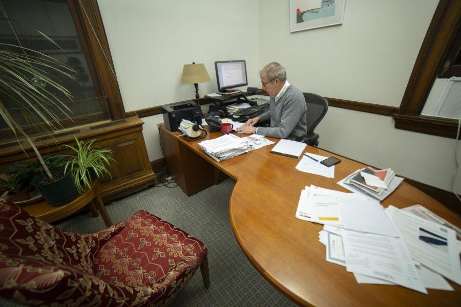 Ferd Protzman, OC '75, Retiring Chief of Staff, Reflects on Oberlin Career