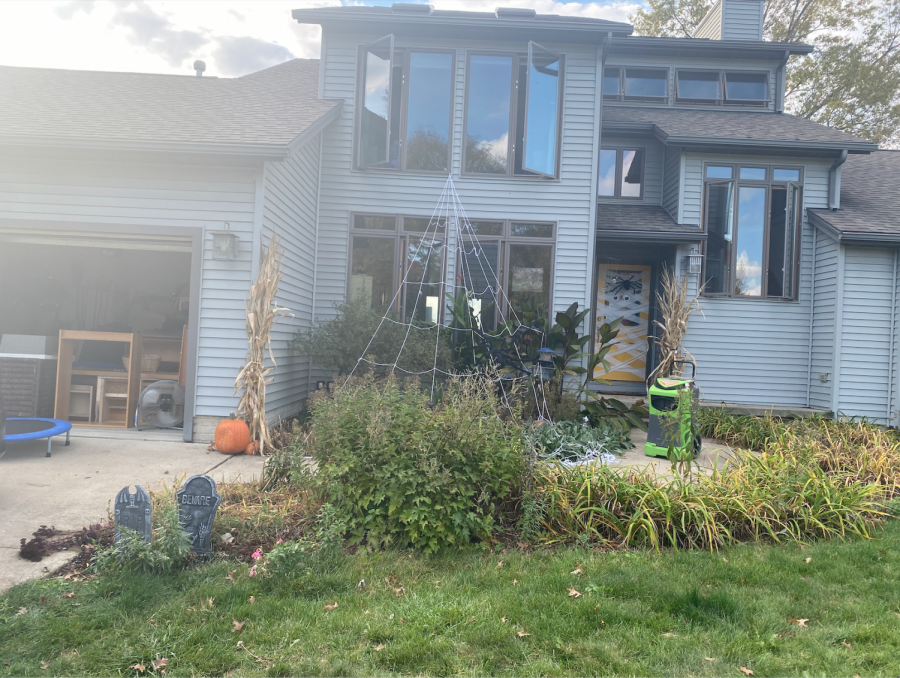 Kira McGirr, OC '06, went all out with her family's Halloween decorations this year, creating a spooky tableau for the whole neighborhood to enjoy.
