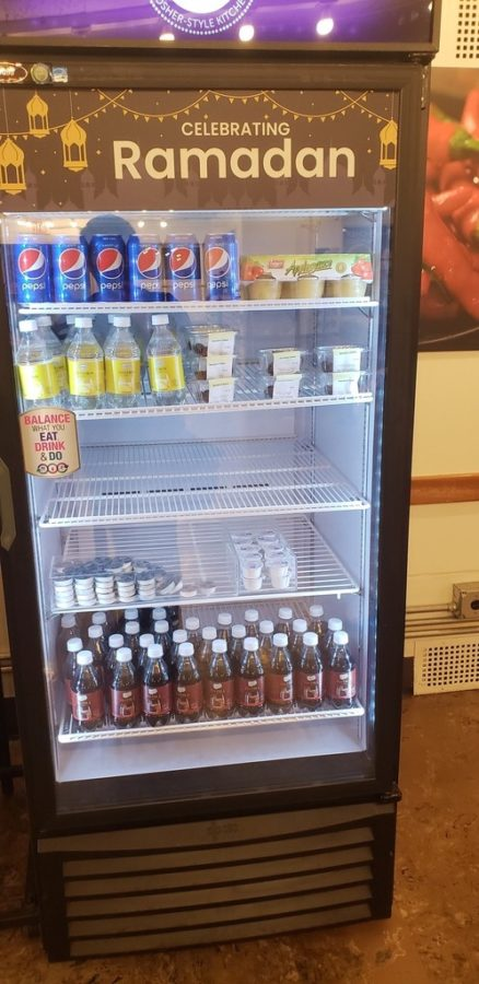 The+Ramadan+fridge+in+Decaf%C3%A9+is+often+stocked+with+applesauce%2C+Pepsi%2C+and+other+soft+drinks.