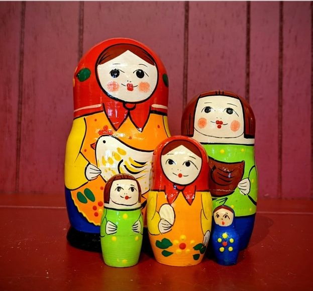 The+matryoshka+doll+typically+depicts+white+peasant+women+and+their+families+which+epitomizes+a+falsified+image+of+Russian+culture+as+essentially+white+or+socially+conservative+in+nature.