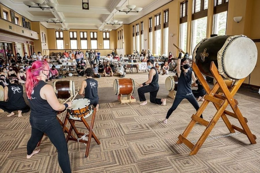 Last weekend's student-organized natsu matsuri was originally planned to take place in the Science Center Bowl, but its location was moved to the Root Room due to a forecast of rain.